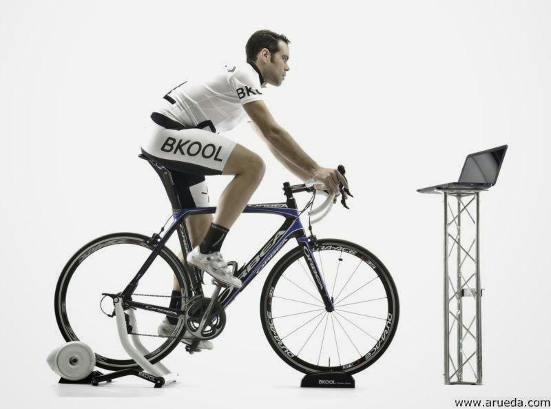 Entrenamiento de triatlón en rodillo bkool