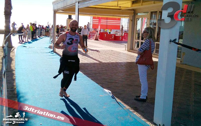 resultados de Abel Huelves en el santander triatlon valencia