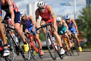 Club de triatlon Madrid entrenamiento de ciclismo y pelotón