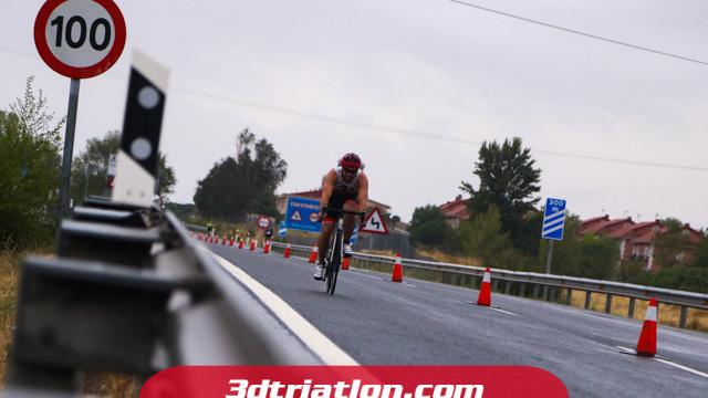 fotos triatlón pedrezuela 2019 club 3d triatlón madrid